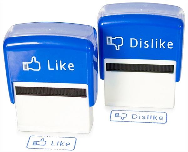 """Facebook nên có thêm nút """"Cảm thông"""" bên cạnh nút """"Like"""""""