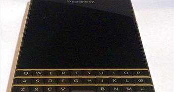 Chiêm ngưỡng Blackberry Passport vàng - đen phiên bản giới hạn