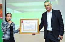 Schneider Electric Việt Nam đón nhận huân chương lao động hạng 3