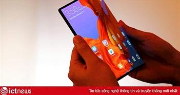 So sánh smartphone màn hình gập Samsung và Huawei
