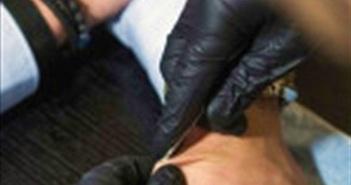 Rộ trào lưu cấy chip vào cơ thể tại Thụy Điển