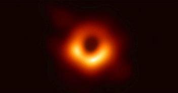 Tìm ra cách chụp ảnh lỗ đen sắc nét hơn nhiều