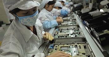 """Nhà máy sản xuất iPhone thay """"60 nghìn lao động bằng robot"""""""