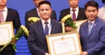 Huawei Việt Nam được UBND Thành phố Hà Nội trao tặng bằng khen