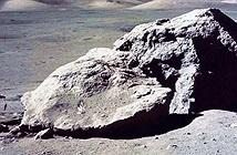 Vì sao NASA mang nhiều đất đá Mặt trăng về nhưng gần như chưa đụng đến?
