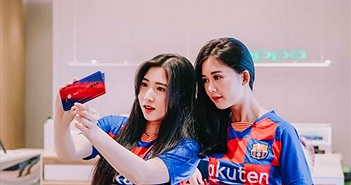Oppo Reno Zoom 10x bản giới hạn FC Barcelona lên kệ tại Việt Nam giá 25 triệu