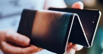 """TCL cũng có smartphone màn hình gập lại khá """"vi diệu"""""""