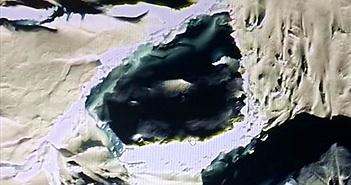 Lộ diện hộp sọ của người khổng lồ ở Nam Cực?
