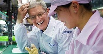 Foxconn chấm dứt hợp đồng với học sinh làm thêm giờ bất hợp pháp