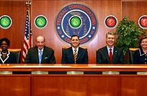 Mỹ thông qua quy định lịch sử về Internet