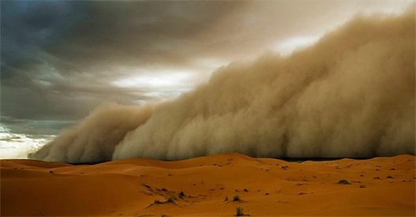 """Bụi Sahara, kẻ """"phá hoại""""mùa hè Caribean"""