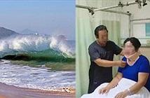 Chuyện lạ hôm nay: Ra biển chơi, cô gái bị liệt vì lý do không ngờ