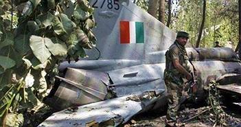Kinh hoàng vụ rơi chiến đấu cơ MiG-21 ở Ấn Độ