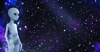 """""""Sốc"""" nhận định người ngoài hành tinh đang sống trong vũ trụ"""