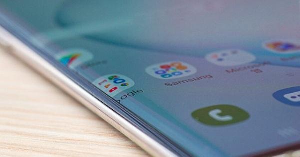 Galaxy Note10 sẽ ra sao nếu có màn hình phẳng?