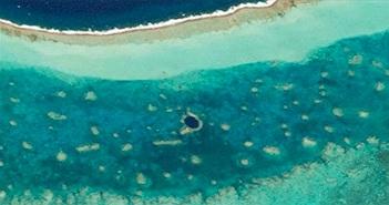 Hố sụt dưới biển lớn nhất thế giới nhìn từ vũ trụ