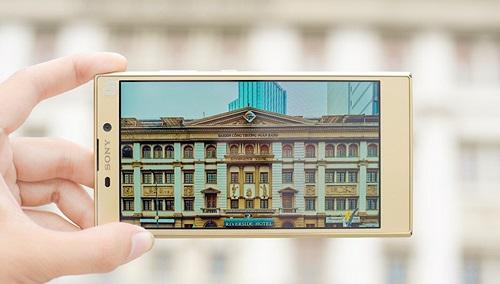 Sony chính thức ra mắt Xperia L2 tại Việt Nam: camera selfie góc siêu rộng, giá 5,5 triệu