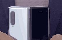 Ở thời điểm hiện tại, smartphone màn hình gập có gì thú vị?