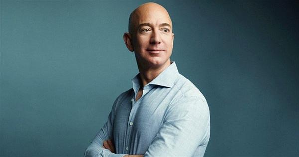 9 bài học thành công đắt giá từ Jeff Bezos: CEO của Amazon