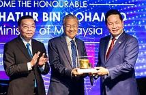 Thăm FPT, Thủ tướng Malaysia chia sẻ kinh nghiệm chuyển đổi số thành công