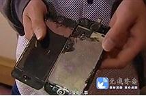 Đến lượt iPhone 5s cũng bốc cháy khi sạc