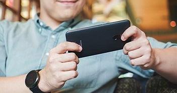 Xuất hiện thông tin Pocophone F2 chạy Snapdragon 8150, bỏ tai thỏ, giá từ 320 USD