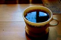 Loại bỏ vị đắng của cà phê bằng trứng