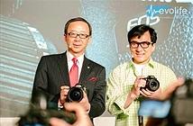Diễn viên Thành Long bật mí DSLR quay 4K mới của Canon