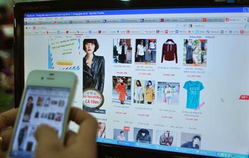 """Thương mại điện tử tại Việt Nam: Chớ cười """"thế hệ cúi đầu"""""""