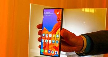 Điện thoại màn gập Huawei Mate X vẫn 'biệt tăm'