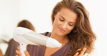 Đây là lý do bạn nên nghĩ lại trước khi sử dụng máy sấy tóc trong khách sạn