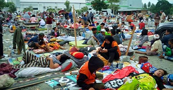 Ít nhất 384 người thiệt mạng do động đất, sóng thần ở Indonesia