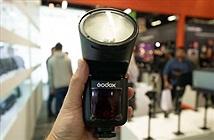 Godox sẽ ra đèn flash đầu tròn để cạnh tranh với Profoto A1