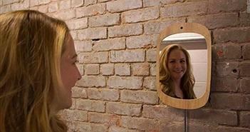 Gương công nghệ cao chỉ hiện mặt những ai cười
