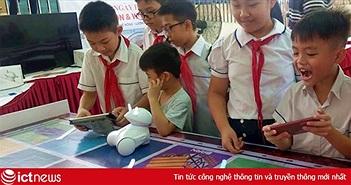 Học viện STEM hợp tác cùng Photon đưa về Việt Nam robot giúp phụ huynh học công nghệ 4.0 cùng con