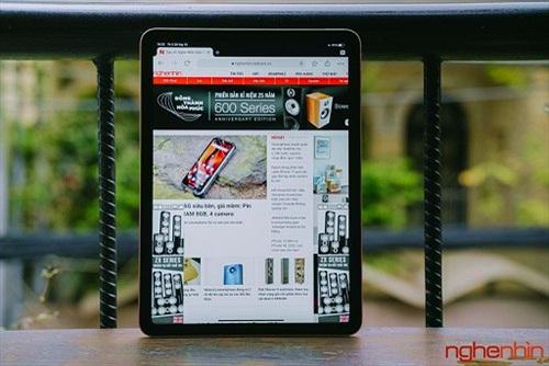 Trên tay iPad Air 4: có đúng iPad Air đây không?