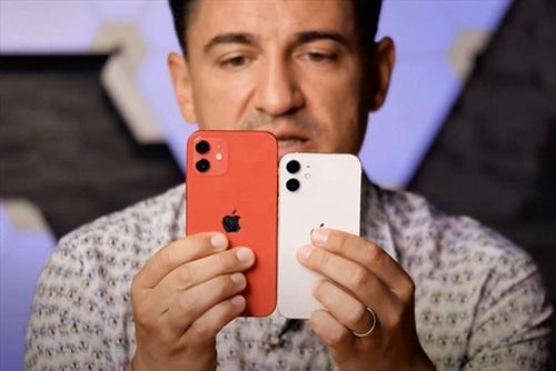 Trên tay iPhone 12 mini trước mở bán một tuần