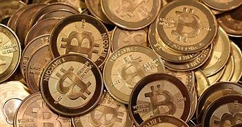 Giá trị Bitcoin vượt mốc 10.000 USD, lọt top 30 đồng tiền mạnh nhất thế giới