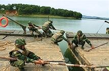 Quân đoàn 1 thực hành vượt sông sát thực tế chiến đấu