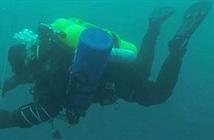 Lặn xuống biển Nam cực 97m, kỷ lục thế giới