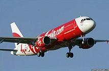 Máy bay sẽ ra sao khi đụng độ bão tố trên trời?