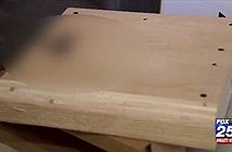 Quà Giáng Sinh PlayStation 4 của chú bé 9 tuổi là... cục gỗ