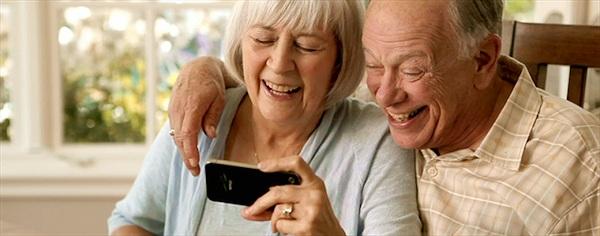 8 thủ thuật dùng iPhone hữu ích cho người dùng cao tuổi