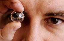 Mắt sinh học đầu tiên trên thế giới ra đời, thắp sáng hy vọng cho hàng triệu người