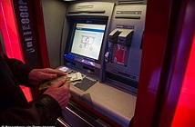 Máy ATM bị hacker tấn công, nhả tiền ào ạt