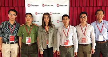 Microchip Technology trao học bổng cho các sinh viên xuất sắc ngành Kỹ thuật Điện tử