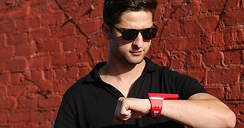 Smartphone đeo tay Rufus Cuff lên kệ giá 250USD