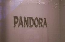 """Pandora mở gói dịch vụ """"gia đình"""" với giá 15 USD một tháng"""