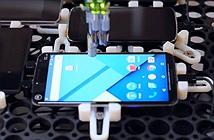 Google kiểm tra độ trễ của thiết bị bằng… robot