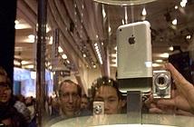 Khoảnh khắc lịch sử: Steve Jobs công bố chiếc iPhone làm thay đổi thế giới